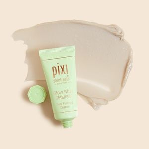 💄 NEW Pixi Glow Mud Cleanser
